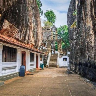 Matale-Alu-Vihara-Temple