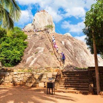 Mihintale-Rock-Temple