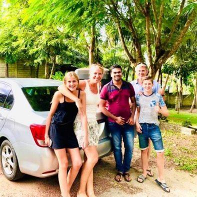 Sri Lanka Auto mit Fahrer